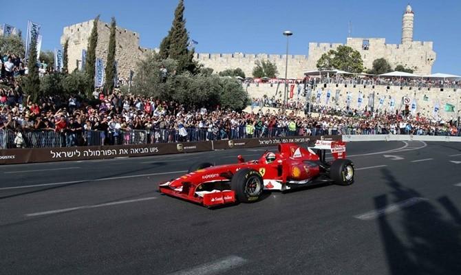 formula-1-race-2013-10